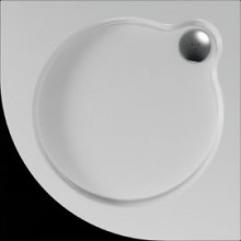 Čtvrtkruhová sprchová vanička VESTA se vyrábí ve třech rozměrech v provedení s hladkým povrchem.